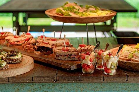 Te Werve Buiten heeft een exelente lunch, alles buiten geserveerd en daarmee extra coronaproof